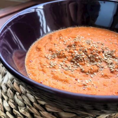 Crema fría de zanahoria oriental