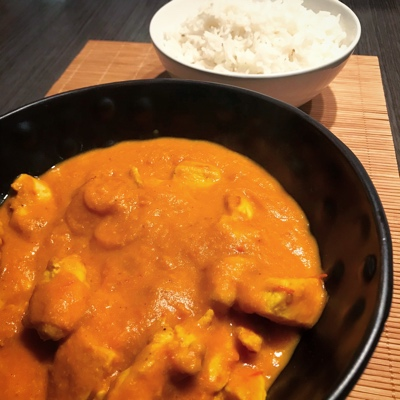 Curry de pollo con arroz Basmati